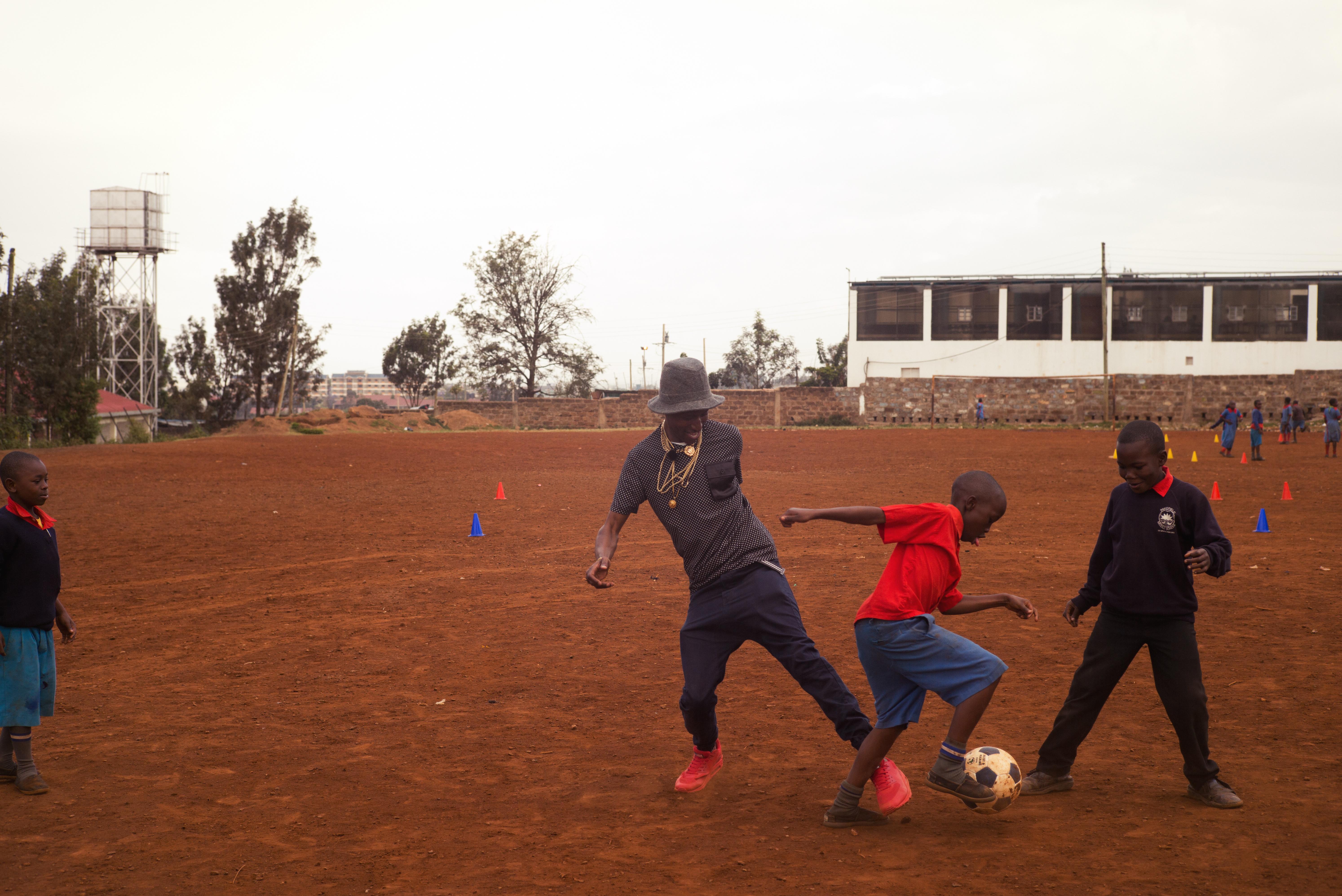 octopizzo_kenia_fussball_2014.jpg