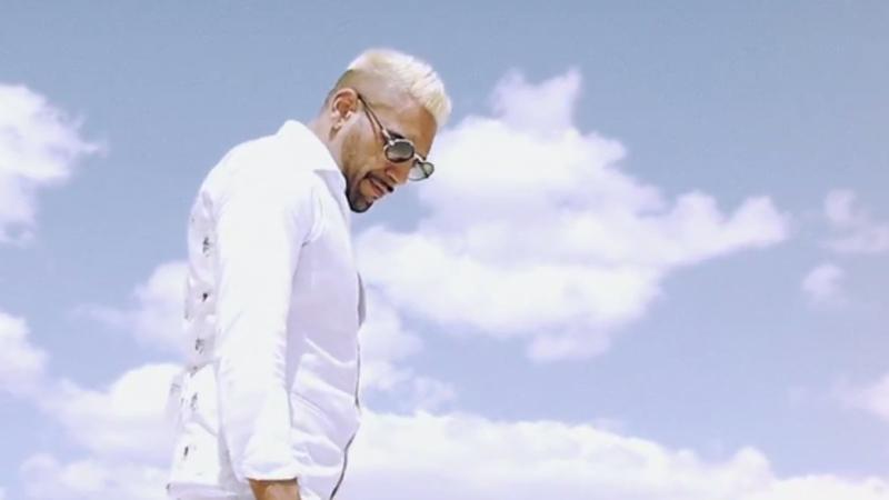 Ali As im Video zu Denkmäler