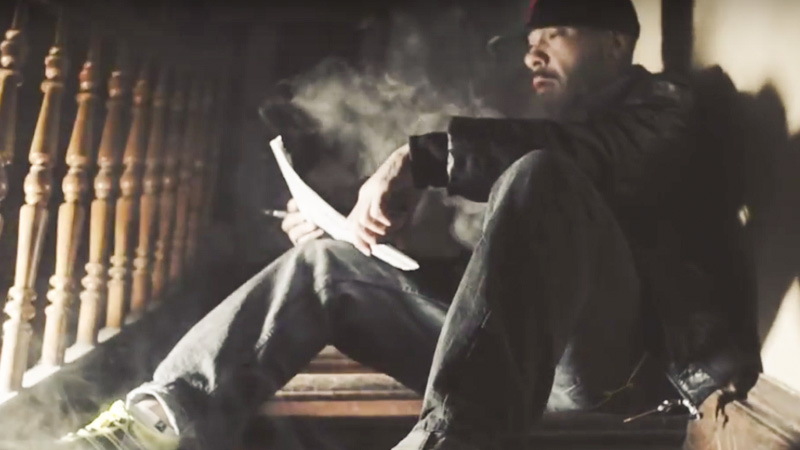 "Screenshot: Azad im Video zu ""Rap"""