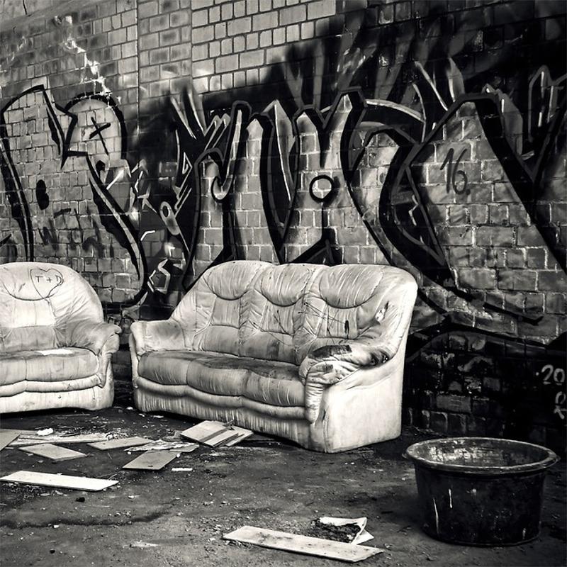 Upcoming: Mahaec (feat. Giese) - Der Eine Sitzt Auf Der Couch