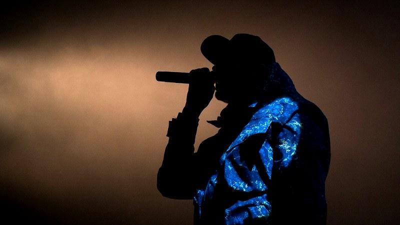 Rapper mit Mic