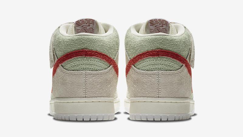 White Widow: Die speziellen Nike Schuhe 420